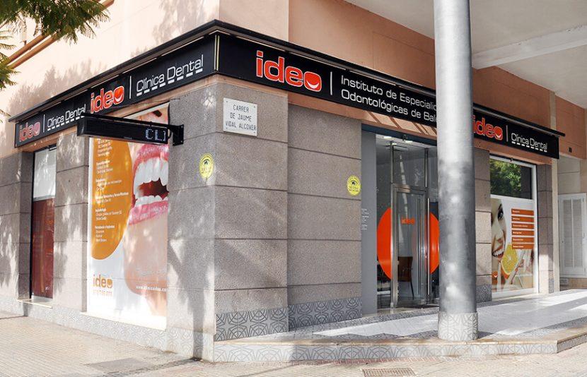 Equipo de dentistas en Palma - Clínica Ideo en Jaume Vidal Alcover